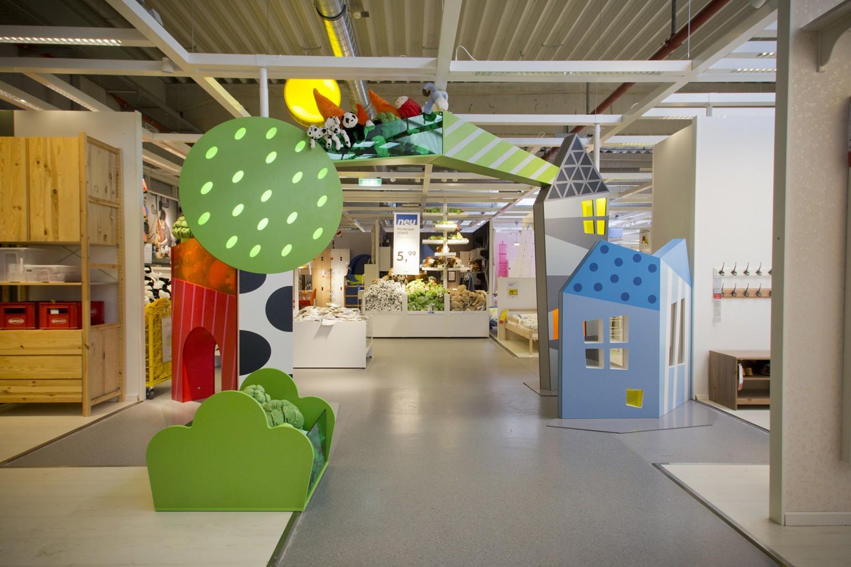 Childrens_IKEA_entrance_1