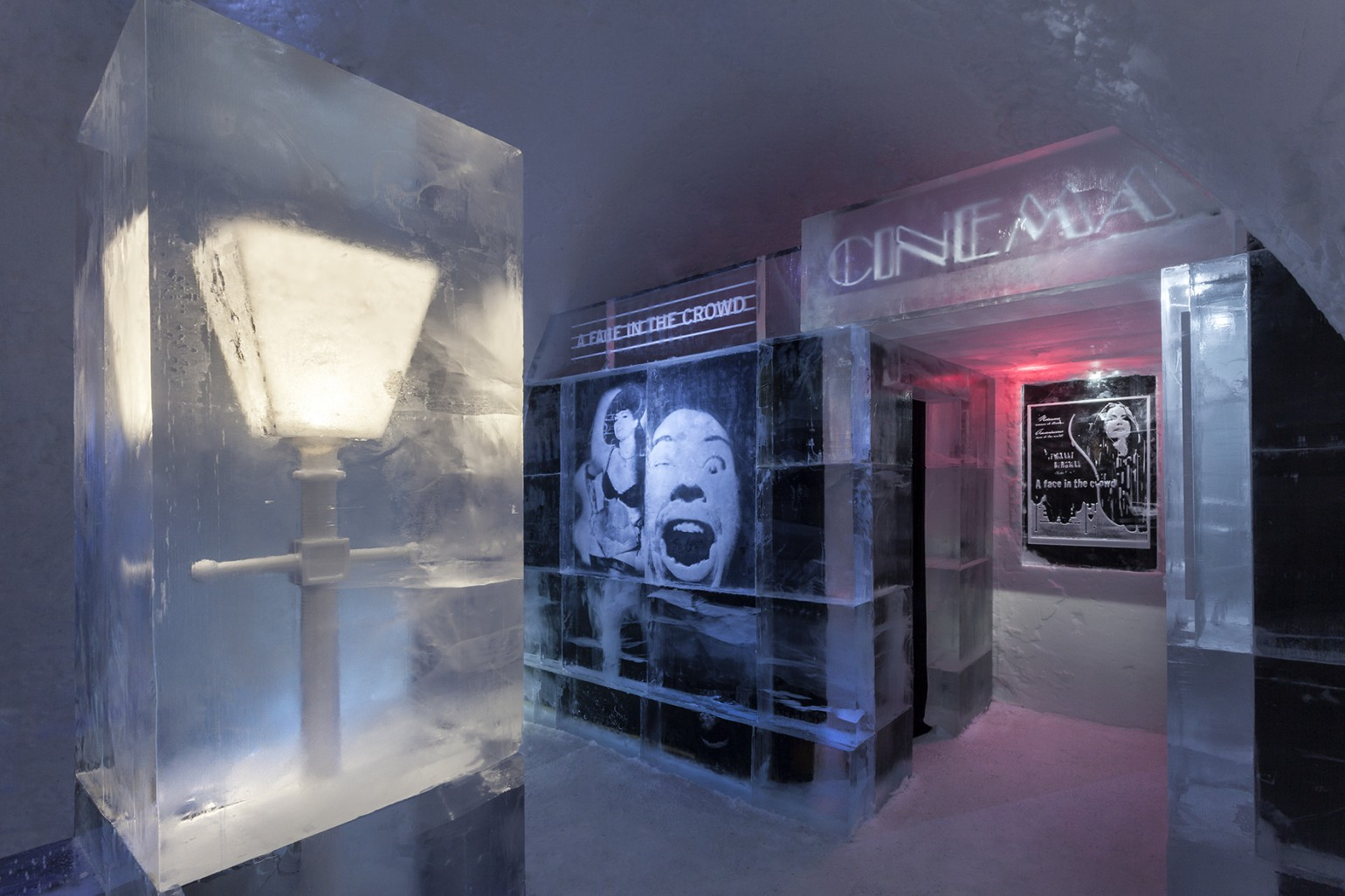 a_face_in_the_crowd_1_photo_christian_stromqvist_design_icehotel