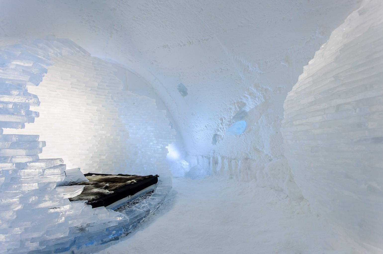 before_the_big_bang_1_photo_christian_stromqvist_design_icehotel